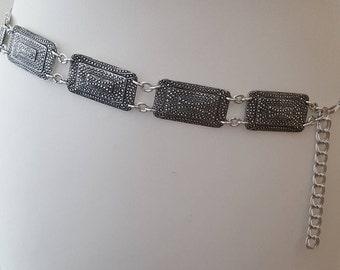 Stunning 1970s Silver Aluminium Concho Chain Link Raised Dots Detail Extendable Belt Original Vintage Piece