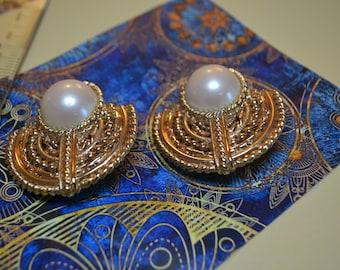 Estate Earrings|Gold and faux pearl vintage earrings