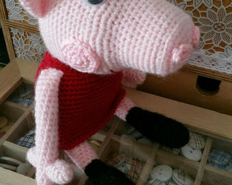 This is the lovely Peppa 12 cm sitting