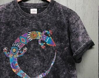 L vintage 90s acid wash southwestern Lizard t shirt