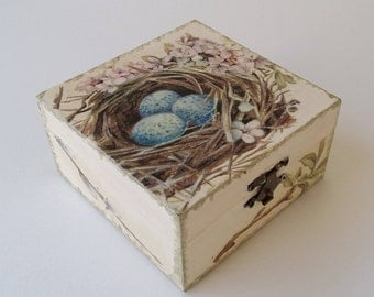 Swallow's nest. (Hand decorated decoupage jewelry box)
