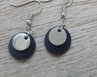 Inner tube recycled with sequin and silver finish round earrings