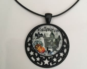The haunted mansion necklace