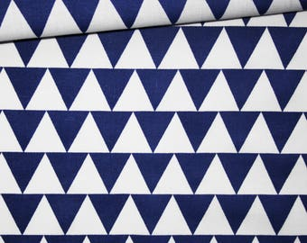 Triangles, 100% cotton fabric printed 50 x 160 cm, pattern blue and white triangles