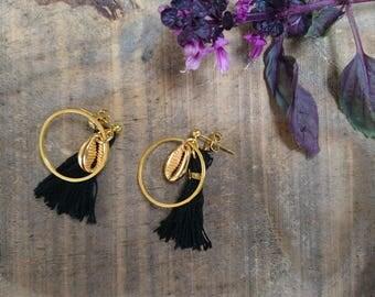 Gold shell earrings & tassels / / me Moorea com