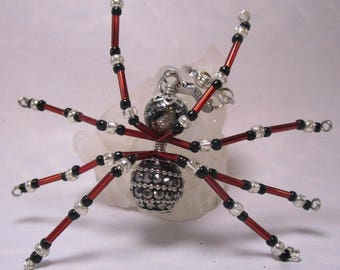 beaded spider - red and black