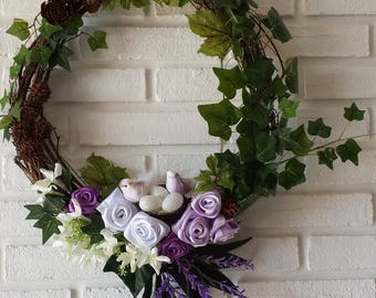 Garland welcome spring