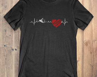 Dutch Shepherd Dog T-Shirt Gift: Dutch Shepherd Heartbeat