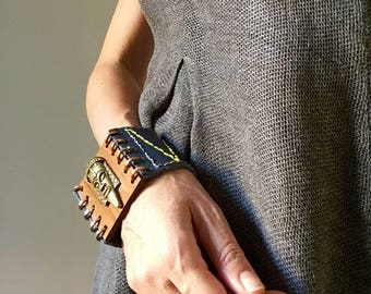 "Blu leather and wood bracelet ""bronze face"""