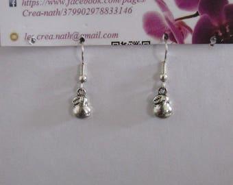 PEAR D8 earring