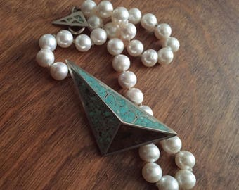 Crushed Turquoise Inlay, with Fresh Water Pearl Necklace