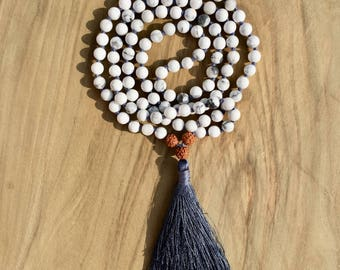 Necklace Mala 108 beads 6 mm howlite and rudraksha, long necklace Hindu/Buddhist for yoga and meditation
