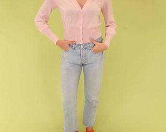 Beautiful pastel pink vintage 100% merino wool cropped button-up sweater SIZE S-M
