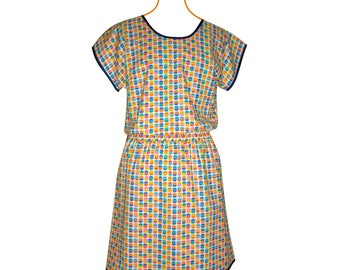 Tunic in cotton with blue, green, yellow and orange patterns