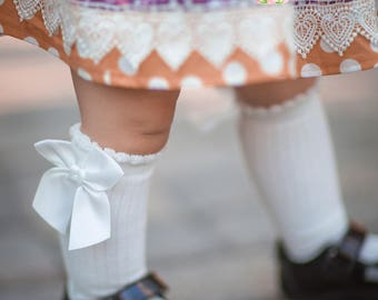 Girls Knee High Socks with Bow- Fits ages 2-4