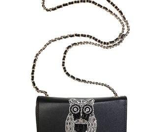 Glamazon Owl Clutch