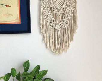 Cream Colored Macrame Wall Hanging on a Wooden Dowel, Woven Wall Hanging, Boho Hippie Tapestry, Bohemian Decor, Statement Piece