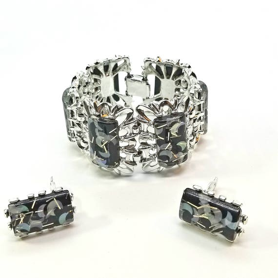 Kitschy 50s Confetti Lucite Bracelet and Earrings in Black and Silver