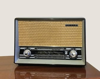 Vintage Bakelite PHILIPS valve Radio B3G75U Converted Bluetooth Speaker