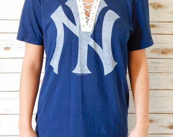 VINTAGE New York Yankees Lace Up Tee (M)