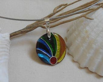 Necklace, pendant enamel partitioned transparent blue, green, yellow, mounted on a Choker.