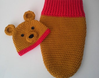 Winnie The Pooh Cocoon and Hat Set