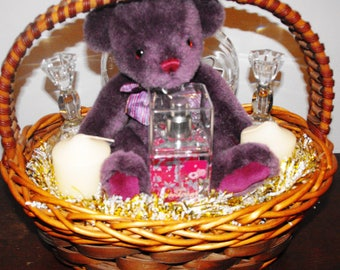 Wooden Oval Mother's Day Gift Basket with Pink Bow