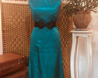 Vintage 1950s emerald green dress evening gown full length dress size small
