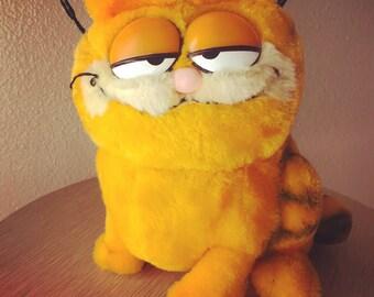 Vintage 1981 Garfield plush stuffed animal