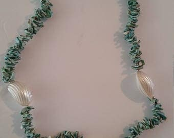 Vintage Turquoise Shell necklace