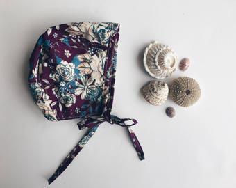 Violet Purple Floral Baby Bonnet in Cotton Fabric, Spring Baby Girl Style, Floral Baby Bonnet, Baby Girl Bonnet, Bonnets for Babies