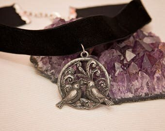 Bird charm choker, black velvet choker necklace, black choker, black velvet choker, bird charm jewelry, choker jewelry, gift for teen girl