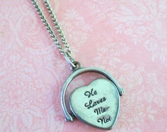 Vintage Silver Toned He Loves Me / He Loves Me Not Spinner Necklace