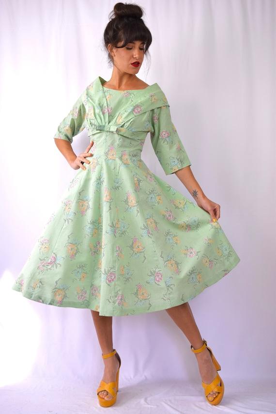 Vintage 50s Mint Green Cross Stitch Floral Print New Look Dress (size medium, large)