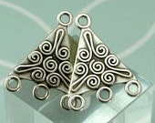 Triangle Connector With 3 Loops, Antique Silver, 4 Pieces, AS458
