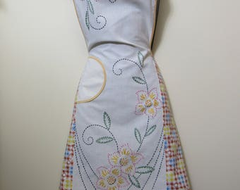 Vintage Bib Apron 1940s Embroidered Floral & Printed Cotton Fabric Kitchen Apron Gardening Craft Pinafore Handmade Muslin Apron