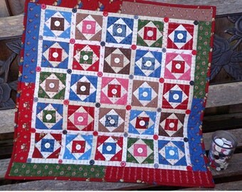 Buttonton Square Wall Quilt Pattern