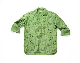 1950s Novelty Print 50s HIEROGLYPHICS Egyptian Revival Cotton Top Button Down Blouse Green DISTRESSED Beat to Hell Shirt Mid-century Medium