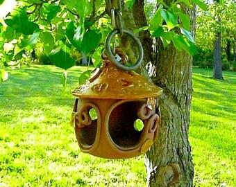 BIRD FEEDER,Stoneware bird feeder, Garden Ornament