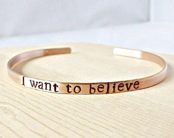 I Want To Believe, funny bracelet, Alien jewelry, Abduction, UFO, Xfiles Gift, Spaceship, Outer Space, Sci Fi, Personalized, Mulder, Scully