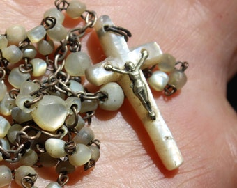 Mother of Pearl Rosary Beads MOP Catholic Cross VINTAGE by Plantdreaming