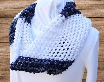 Navy and White Cowl, White Knit Scarves, Lace Knit Cowls, Cowl Knit with Patons Glam Stripes Yarn, Navy and White Infinity Scarf, Gift Idea