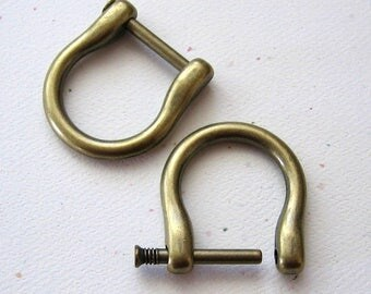 "2 Antique Brass D Rings 3/4"" Screw In Replacement Purse Strap or Knife Dangler Hardware"