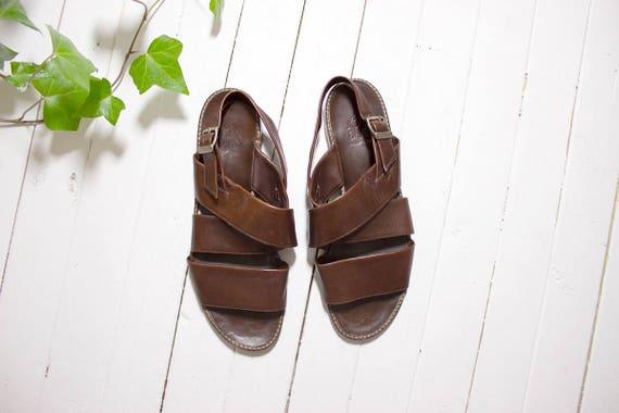 Vintage Leather Sandals 9 / Brown Leather Sandals / Italian Leather Sandals / Strappy Sandals / Slingback Sandals