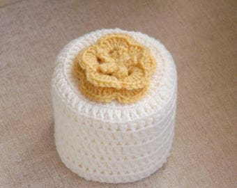 Yellow Rose Crochet Toilet Paper Cover, Cottage Flower Cozy, Spring Farmhouse Decor, Storage, Bathroom Organization, Powder Room Home Decor