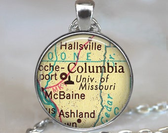 University of Missouri necklace, UM pendant Mizzou necklace Columbia Missouri map jewelry graduation gift college key chain key ring key fob