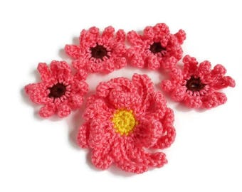 Crochet Flower Appliques Strawberry Pink Daisies Large Mum Curly Petals Set of 5 Sewing Crafting Projects 2 to 4 Inches