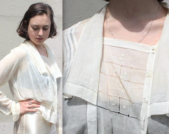 Antique Edwardian Blouse // 1900s Semi Sheer Cotton Voile Blouse with Large Bib Collar and Eyelet Thread Work Trim // DIVINE