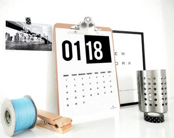 Black and White 2018 Printable Calendar, Monthly Calendar, Planner, 2018 Calendar, Wall Calendar, Online Calendar, Office Decor, PDF File