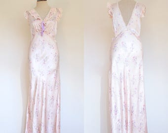 vintage 1930s 1940s pale pink liquid satin floral nightgown   30s 40s silky long bias cut lace trimmed nightgown   M - L